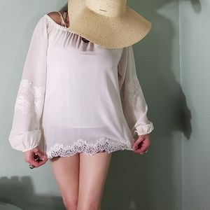 Gold Hawk Flowy Off White Peasant Top